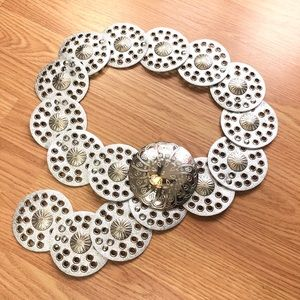 Metallic Silver Concho Disc Belt w/ Etched Buckle